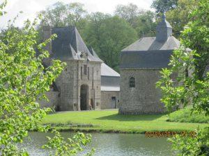 St Brice en Coglès (10)