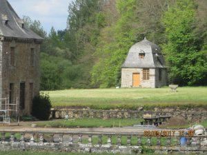 le pavillon de chasse du château